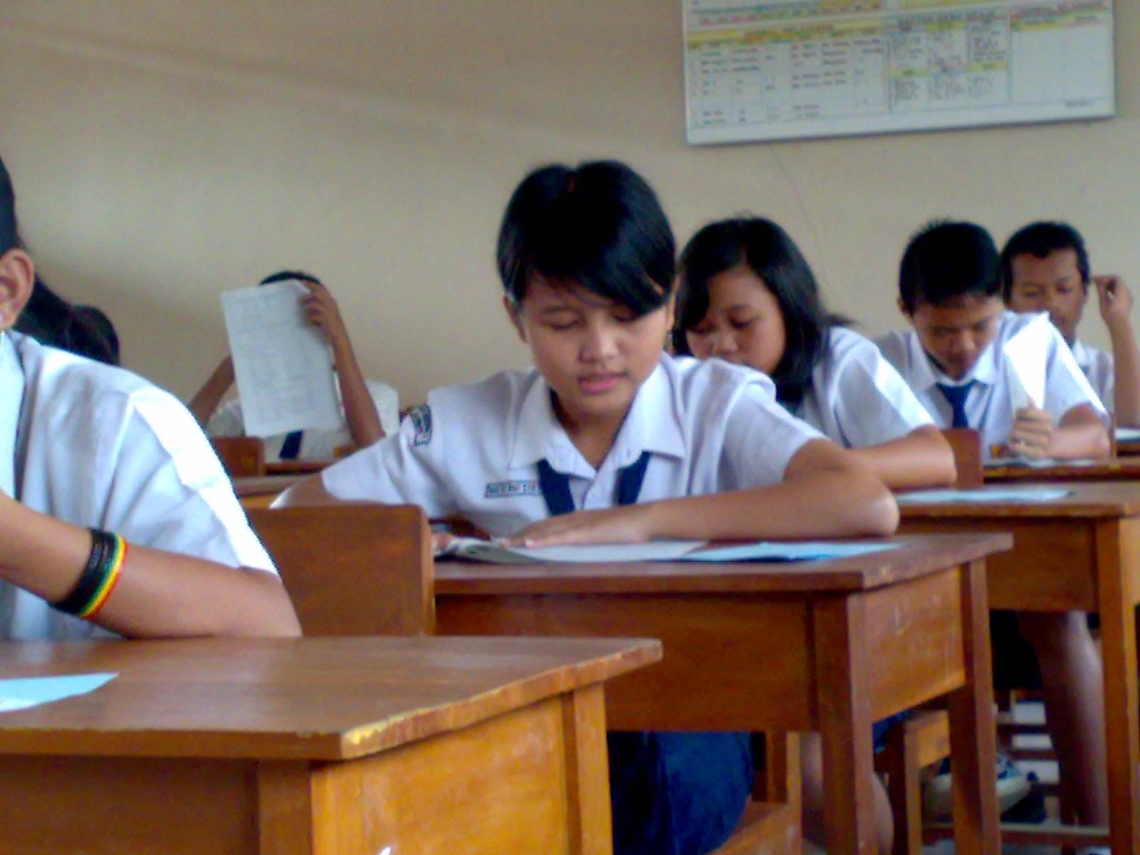 Contoh Proposal TesisMagister Pendidikan Lengkap