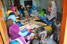 Penanggulangan Kemiskinan Berbasis Pemberdayaan Masyarakat  Studi Implementasi P2kp Di Desa Purbayan Kegiatan Pemberdayaan Masyarakat