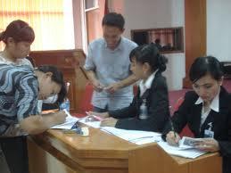 Kebijakan Century Dan Potensi Kriminalisasi Kebijakan Publik  Hukum Kontrak Dalam Pembiayaan Murabahah  pelayanan bank BRI